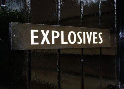 400x286xexplosives400_jpg_pagespeed_ic_e5csx_tgu0