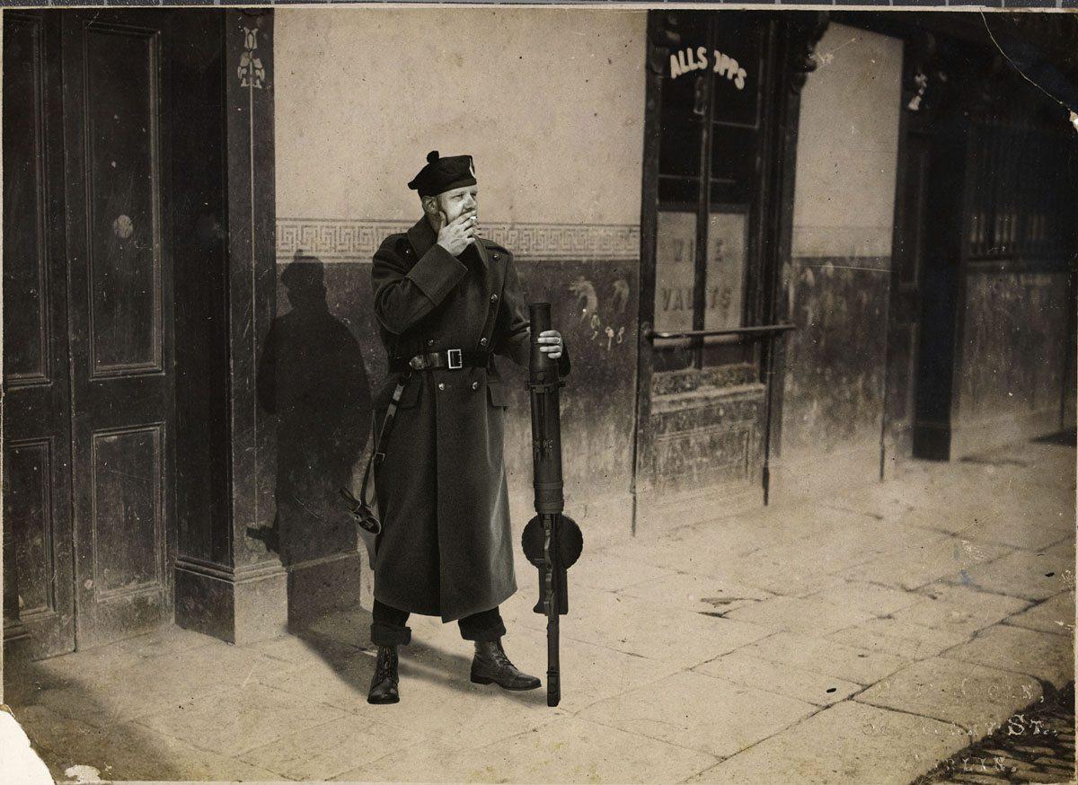 auxie-uniform-the-smoker